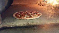 frische Pizza aus dem Ofen